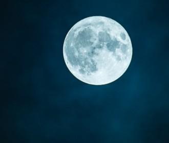皆既月食 2018年1月31日・ブルームーンのピーク時間は?方角や各地イベントまとめ